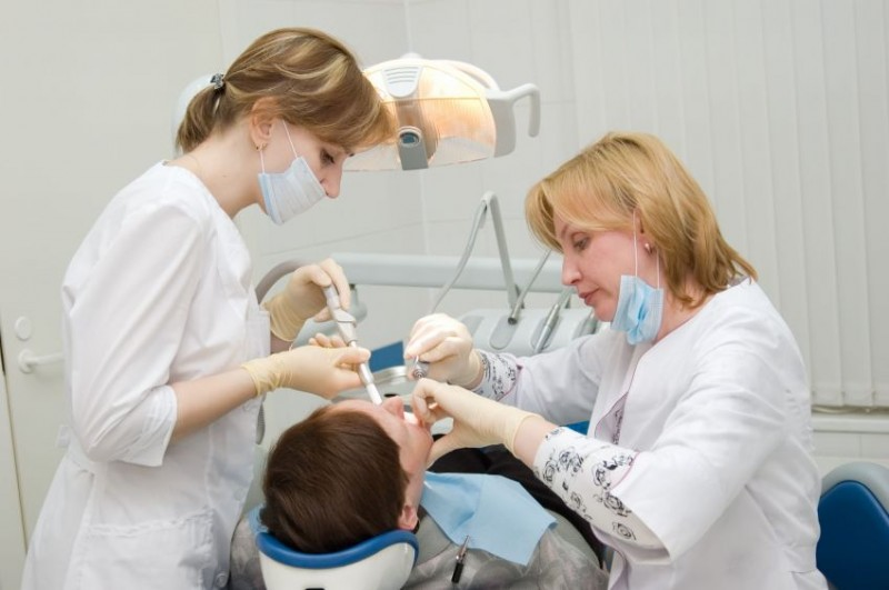 dental assistant 1